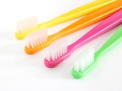 コンロまわりのお掃除は、歯ブラシが大活躍!