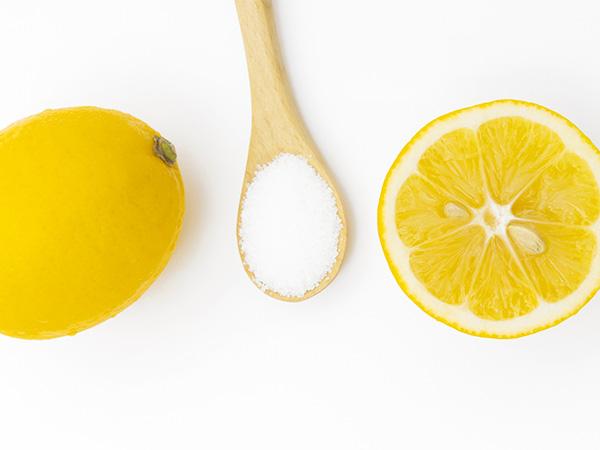 浴室の汚れには優れた効果のあるクエン酸スプレーがおすすめ!